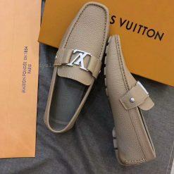 Phom giày lười nam được làm hoàn thiện và tỉ mỉ từng chi tiết