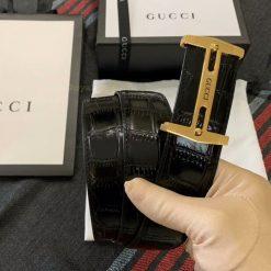 Trên tay dây lưng Gucci nam siêu cấp GCTL5805