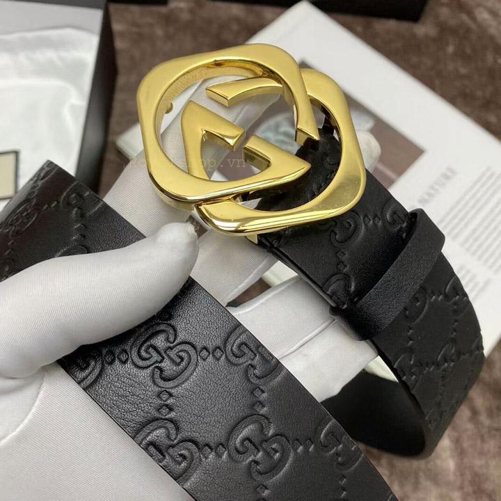 Trên tay thắt lưng Gucci siêu cấp GCTL5806