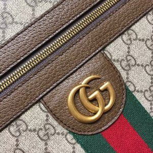 Logo GG được làm bằng thép mạ PVD cao cấp