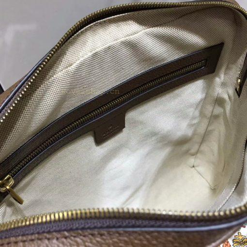 Phía bên trong túi nam Gucci