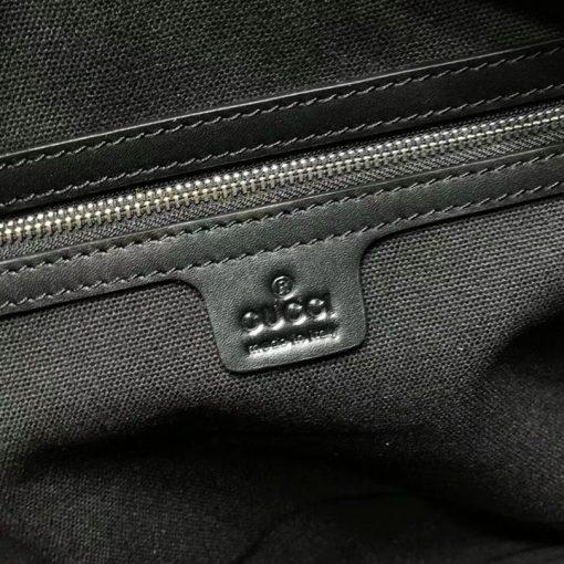 Tem da trong túi