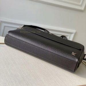 Phần đáy túi xách công sở LV nam 8865