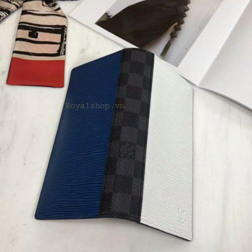 Bóp nam được làm hoàn chỉnh và tinh xảo với ba tông màu