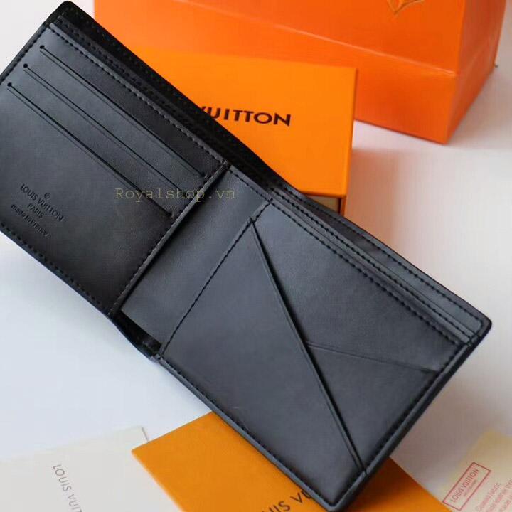 Mặt bên trong ví nam LV