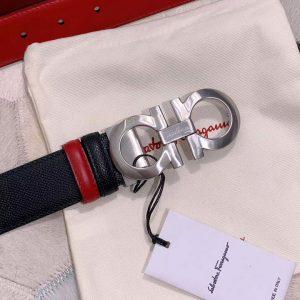 Mặt khóa cóng số 8 được làm từ Ykk cao cấp sáng bóng