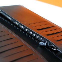 Phần khóa kéo bên trong ví