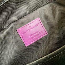 Tem da bên trong túi có màu tím đẹp mắt