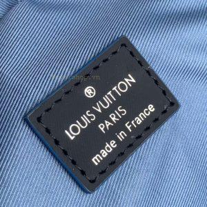 tem da bên trong túi nam