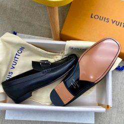 Phần đế của giày LVGN8138