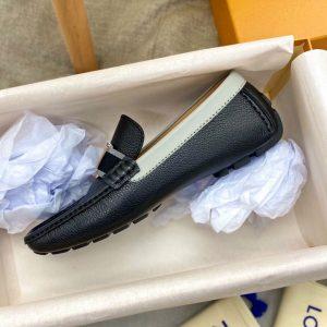 Phom dáng giày làm chuẩn Auth
