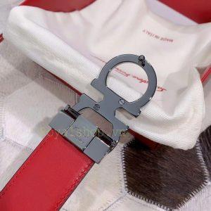 Mặt sau khóa còng số 8 thắt lưng FETL522