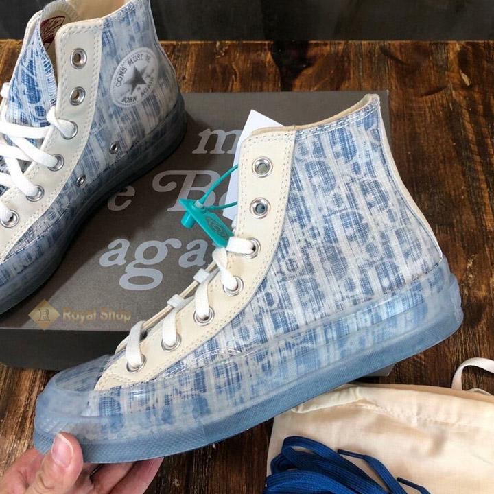 Mặt bên của giày DIG2801