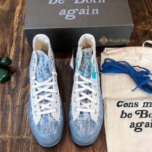 Mặt trước của giày Dior