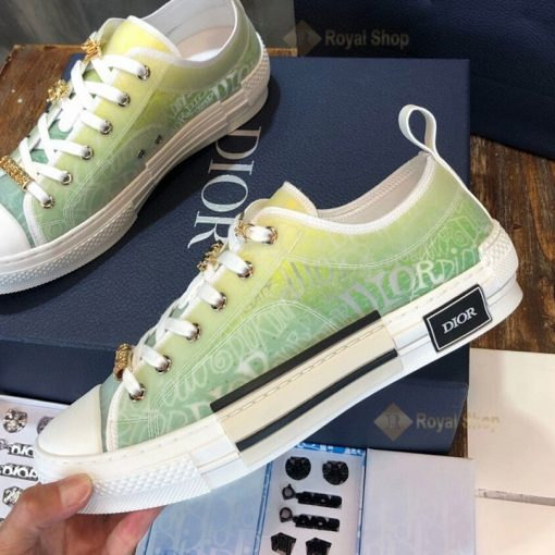 Chi tiết bên trong giày DIG4206