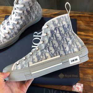 Mặt bên của giày DIG4211