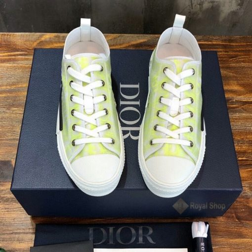 Mặt trước giày Dior nam nữ 2021