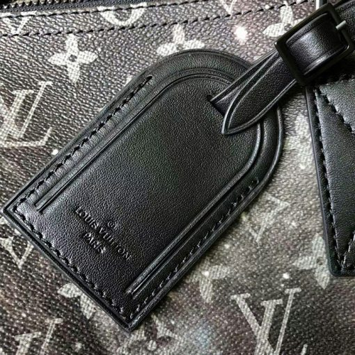 Thẻ da bên ngoài túi