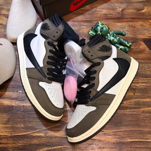 Royalshop.vn - Địa chỉ mua giày nam nữ NIke Jordan siêu cấp uy tín tại Hà Nội