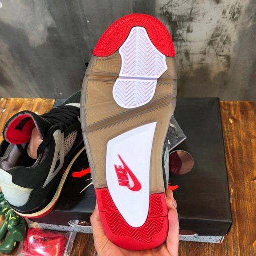 Đáy của giày nam Jordan