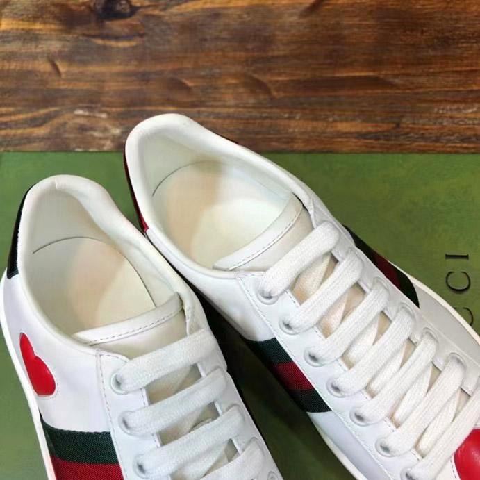 Bên trong giày Gucci sneaker nam nữ