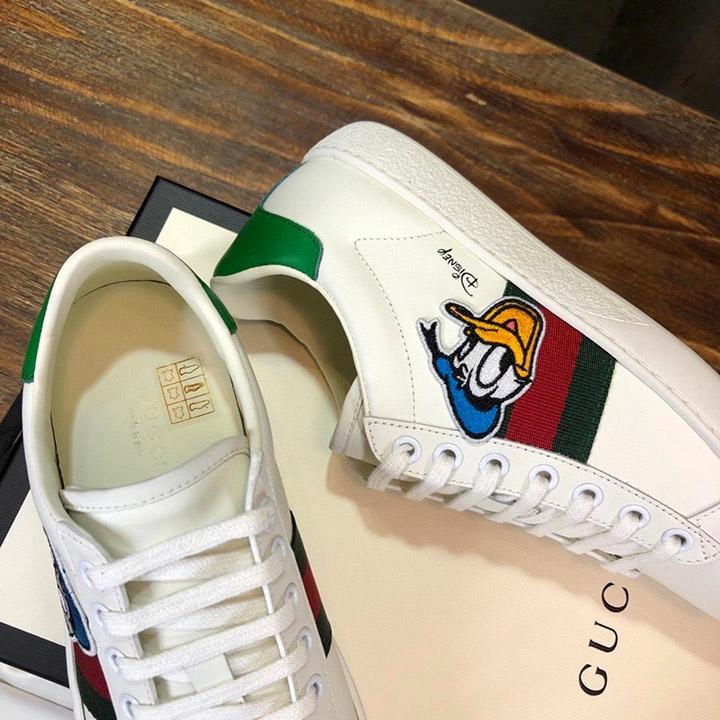 Bên trong giày nam nữ sneaker siêu cấp GCGN3904