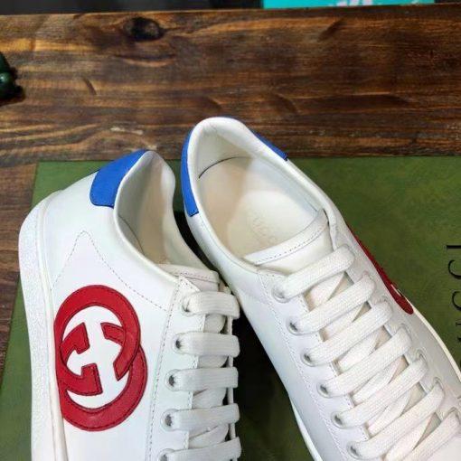 Các chi tiết trên giày được làm hoàn chỉnh và tin xảo