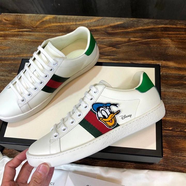 Các chi tiết giày Gucci unisex được làm hoàn chỉnh