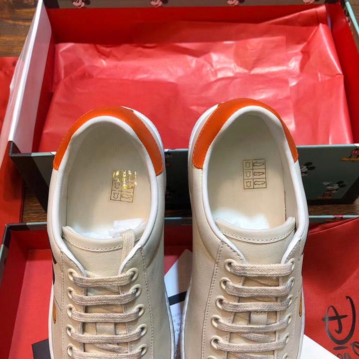 Chi tiết bên trong giày sneaker gucci