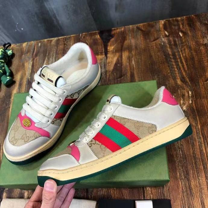 Mặt bên của giày GCGN4001