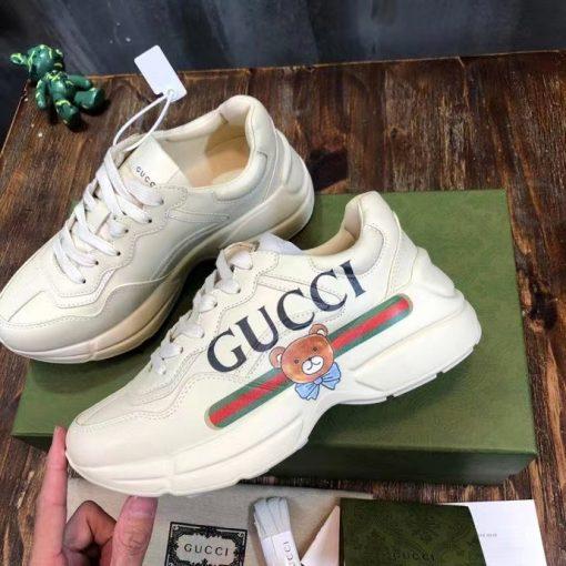 Mặt bên của giày Gucci sneaker