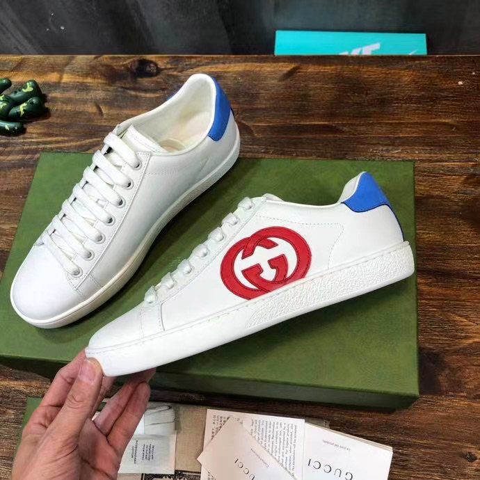 Mặt cạnh bên của giày sneaker Gucci unisex siêu cấp GCGN3908