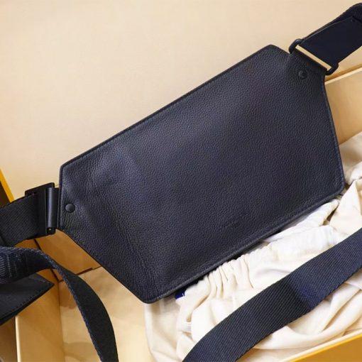 Mặt sau túi LVTN8891