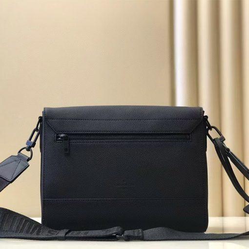 Mặt sau túi nam Louis Vuitton siêu cấp
